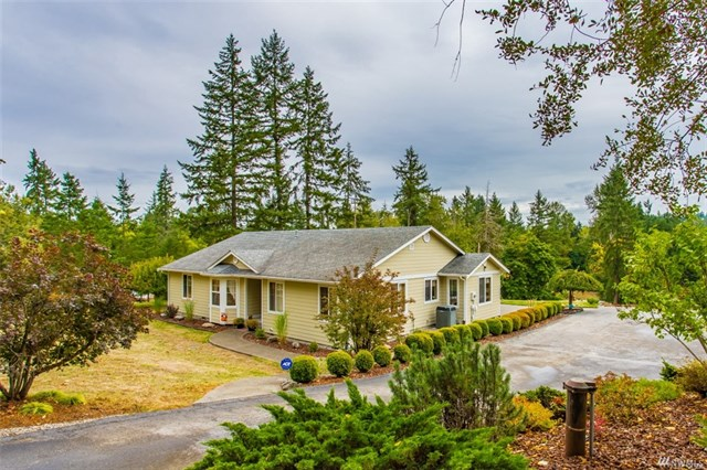 Beautiful rambler in spanaway heilbrun home team for Beautiful rambler homes