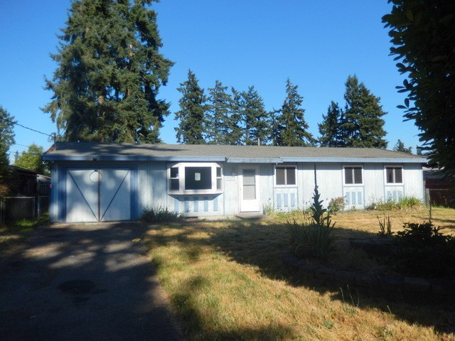 4 Beds 1.5 bath homes in Spanaway