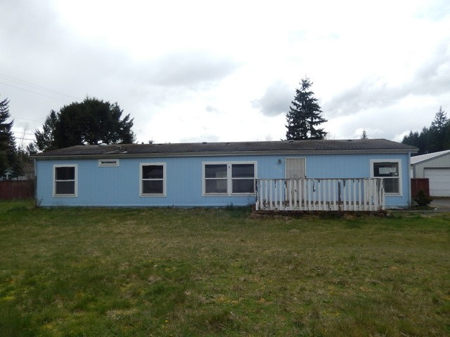 4 Beds 2 bath homes in Roy