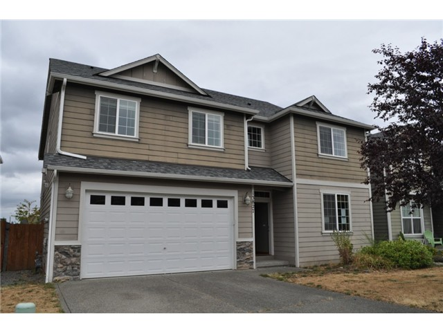 4 Beds 2.5 bath homes in Puyallup