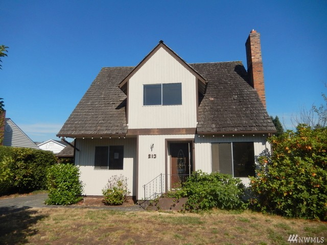 2 Beds 2 bath homes in Eatonville