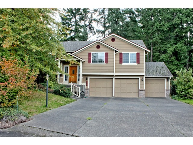 4 Beds 3 bath homes in Spanaway